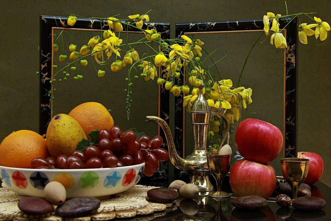 Фото бесплатно натюрморт, чайник, фрукты - на рабочий стол