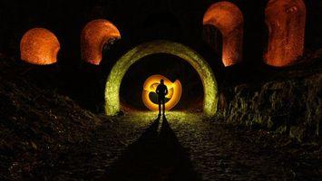 Бесплатные фото ночь,человек,тоннель,иллюминация,свет,арка