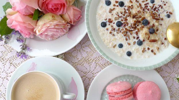 Фото бесплатно rozy, makaruny, ovsianka