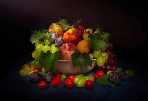 Фото бесплатно фрукты, десерт, персики, виноград, еда
