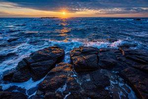 Бесплатные фото закат,море,волны,скалы,пейзаж
