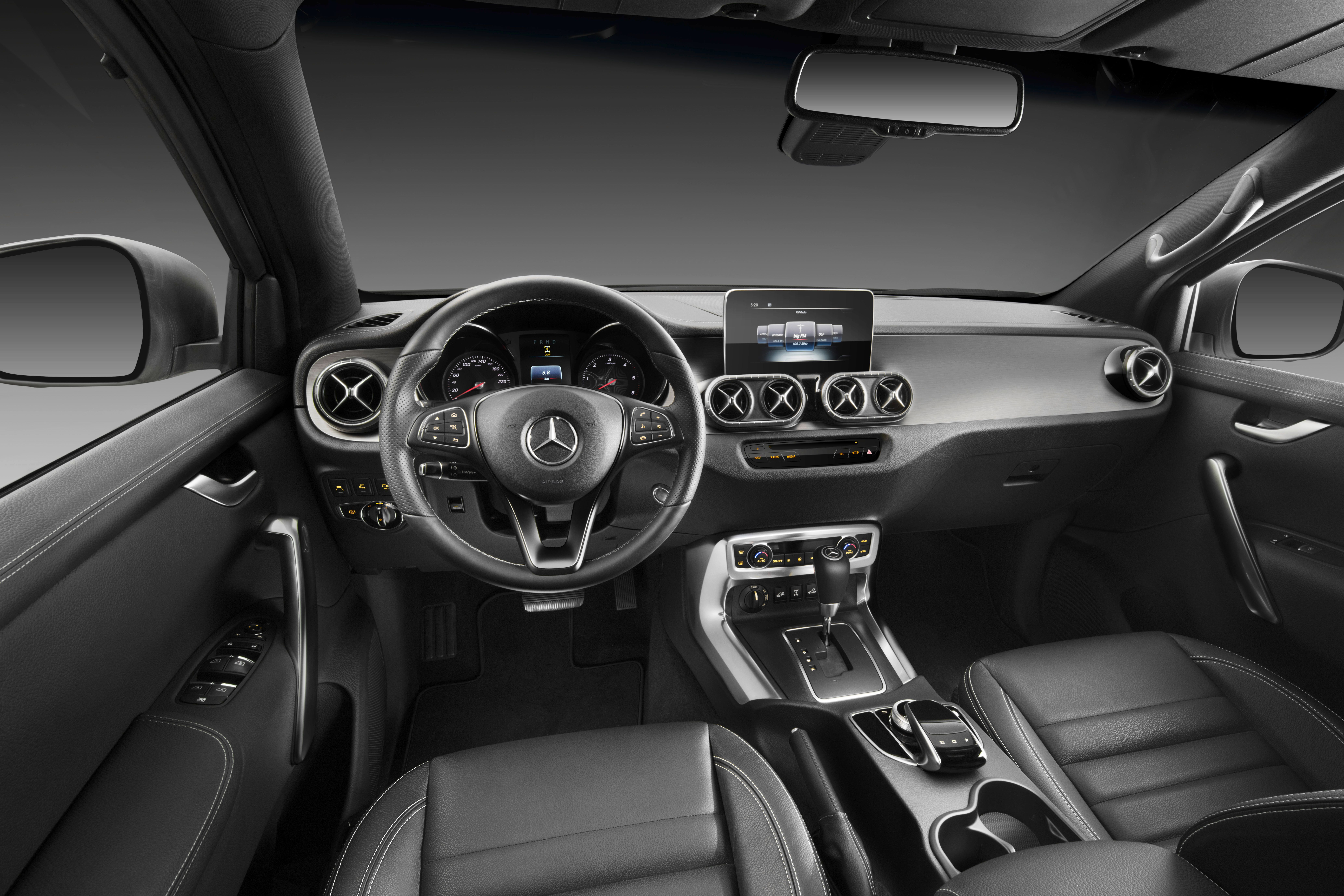 Screensaver Mercedes Benz X Class Car Pictures For Mobile