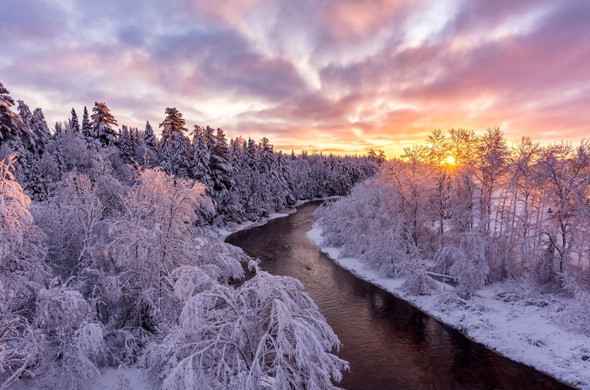 Обои зима, закат, река, лес