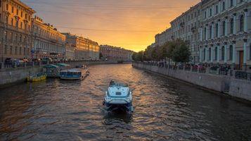 Фото бесплатно Sunset over Moyka river, катер, экскурсия