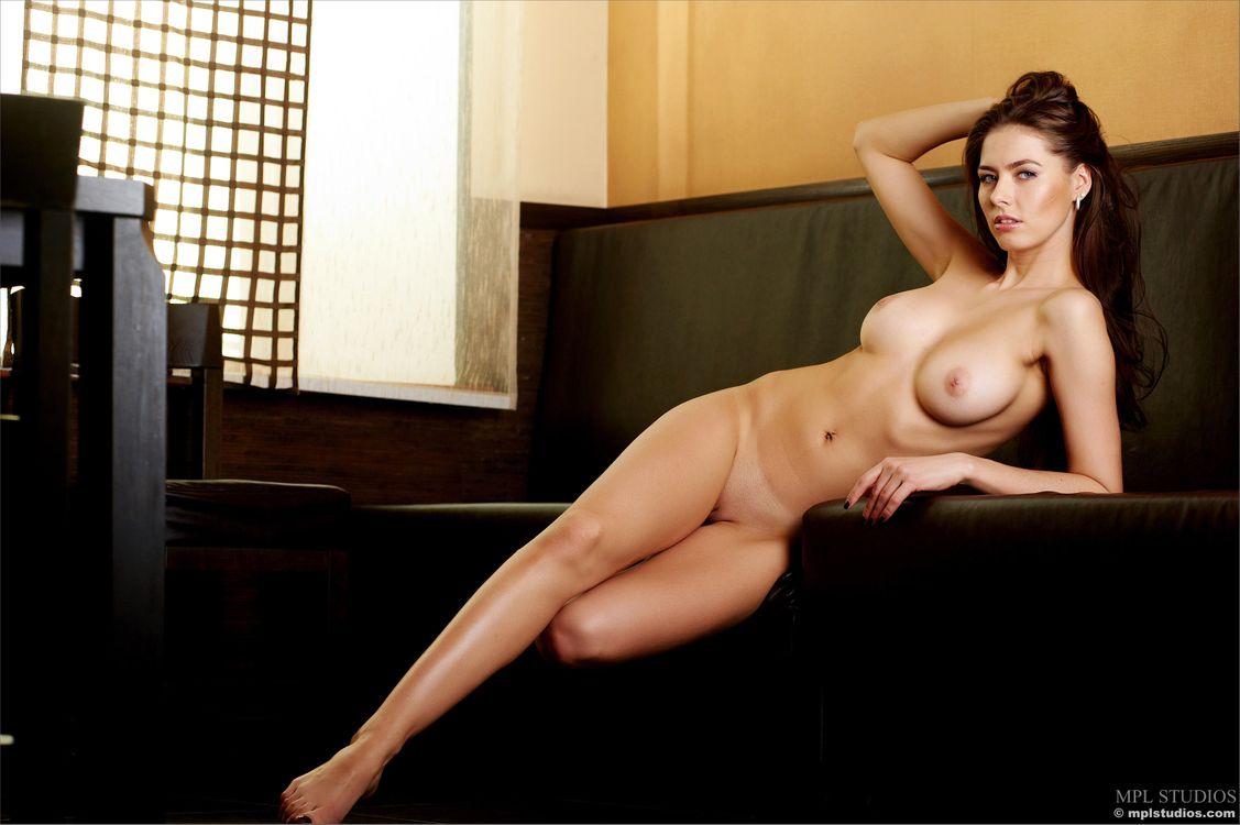 Фото бесплатно голая девушка, поза, арианна - на рабочий стол