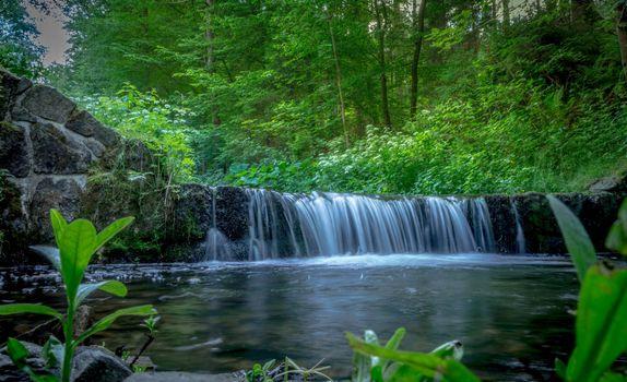Free river, waterfall - beautiful photo