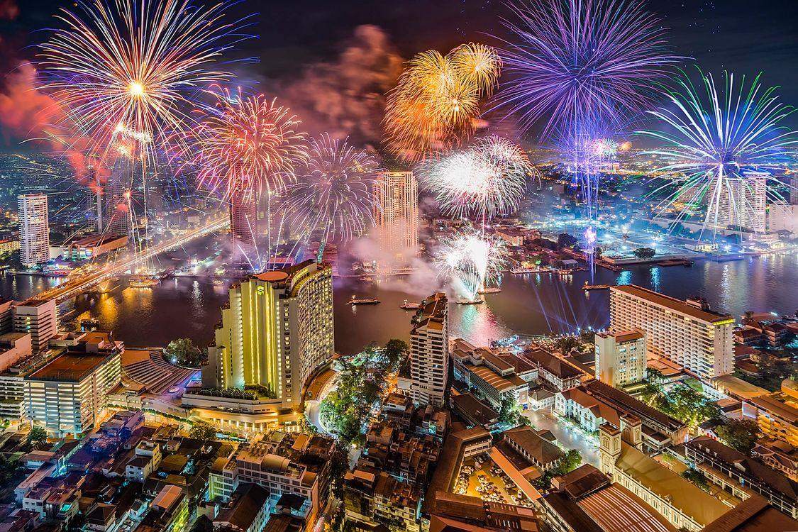 Фото бесплатно Bangkok, Бангкок, Таиланд, салют, фейерверк, город