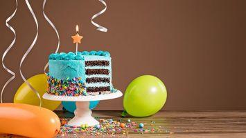 Бесплатные фото vozdushnye,shary,den,rozhdeniia,colorful,tort,cake