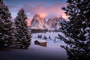 Обои Сейзер Альм, Южный Тироль, Доломиты, Италия, зима, снег, сугробы, закат, горы, пейзаж