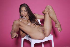 Бесплатные фото Tristana A, модель, красотка, голая, голая девушка, обнаженная девушка, позы