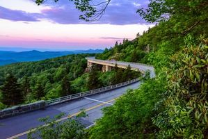 Бесплатные фото Северная Каролина,Linn cove viaduct,закат,дорога,мост,деревья,пейзаж