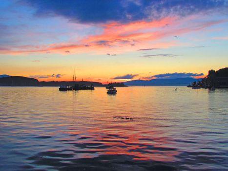 Фото бесплатно море, закат, лодки