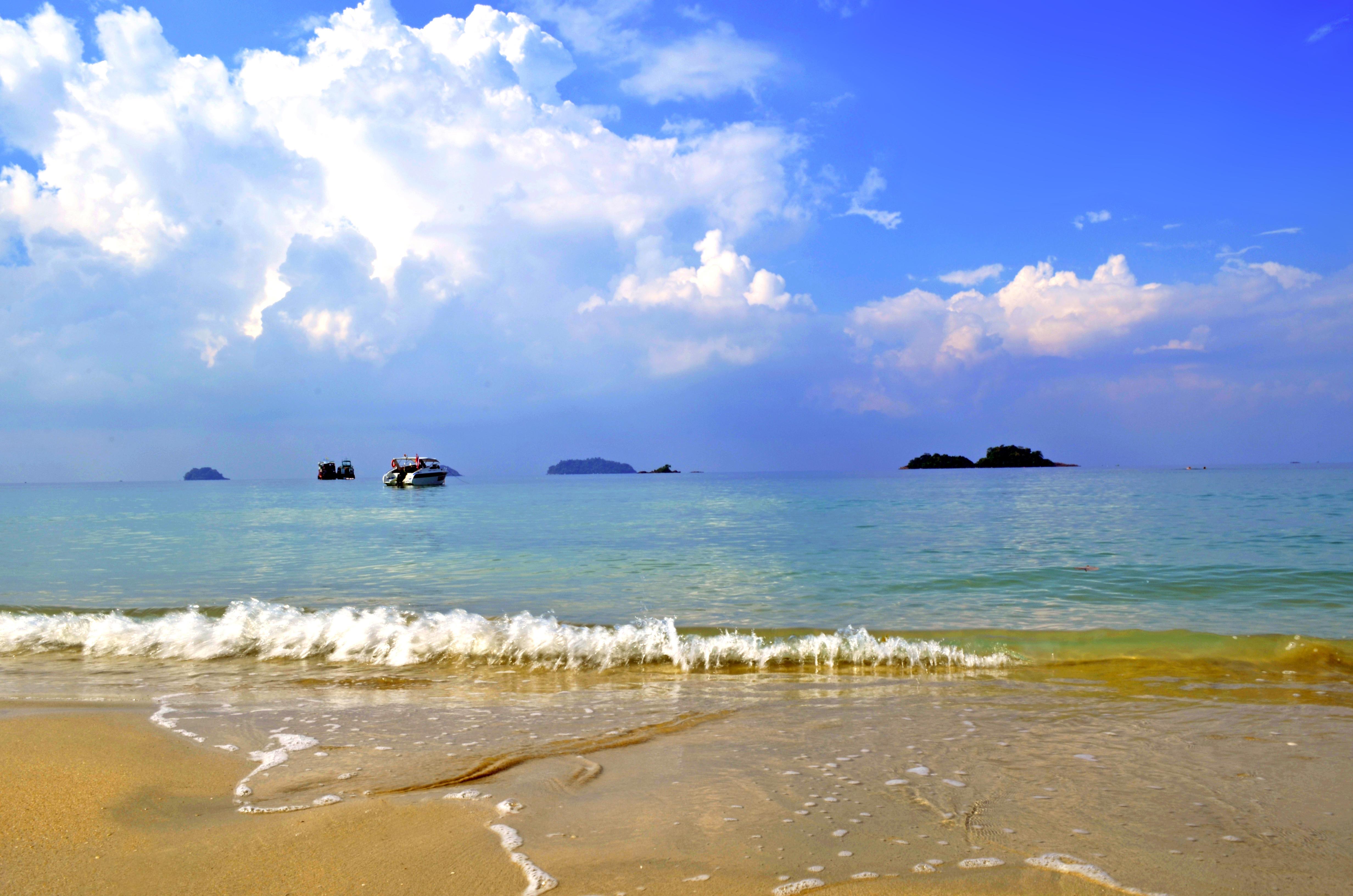 Обои море, пляж, яхты