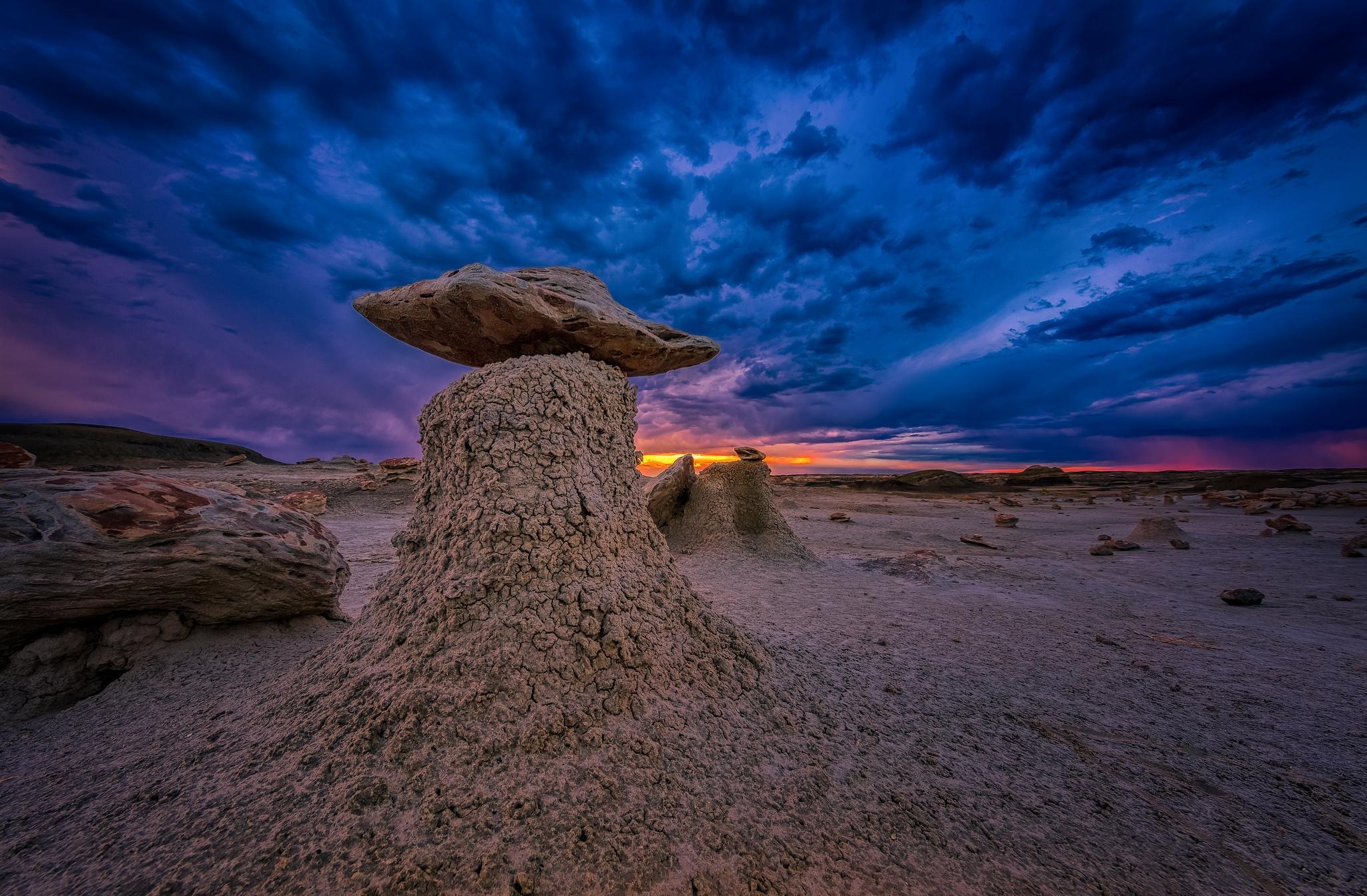 Bisti Badlands, Нью-Мексико, США, Бесплодные земли Бисти, закат, пейзаж