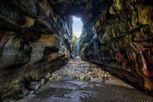 Заставки Тайная пещера водопада, Донегал, Ирландия