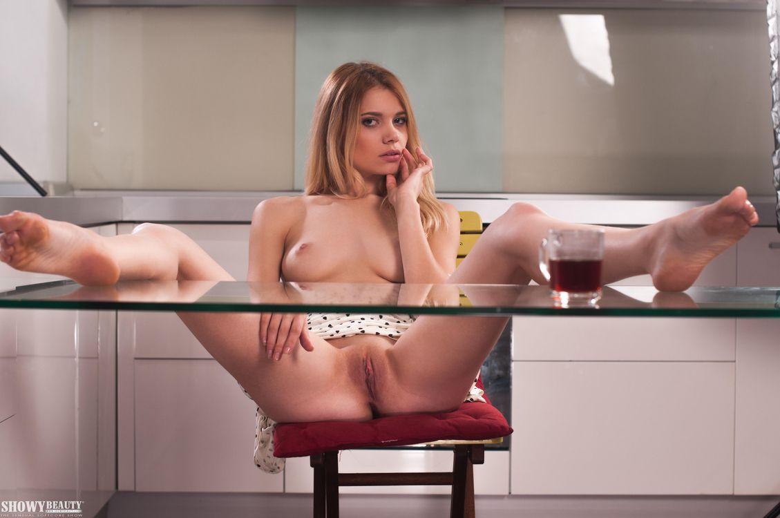 Фото бесплатно Evanis, модель, красотка, голая, голая девушка, обнаженная девушка, позы, поза, сексуальная девушка, эротика, эротика