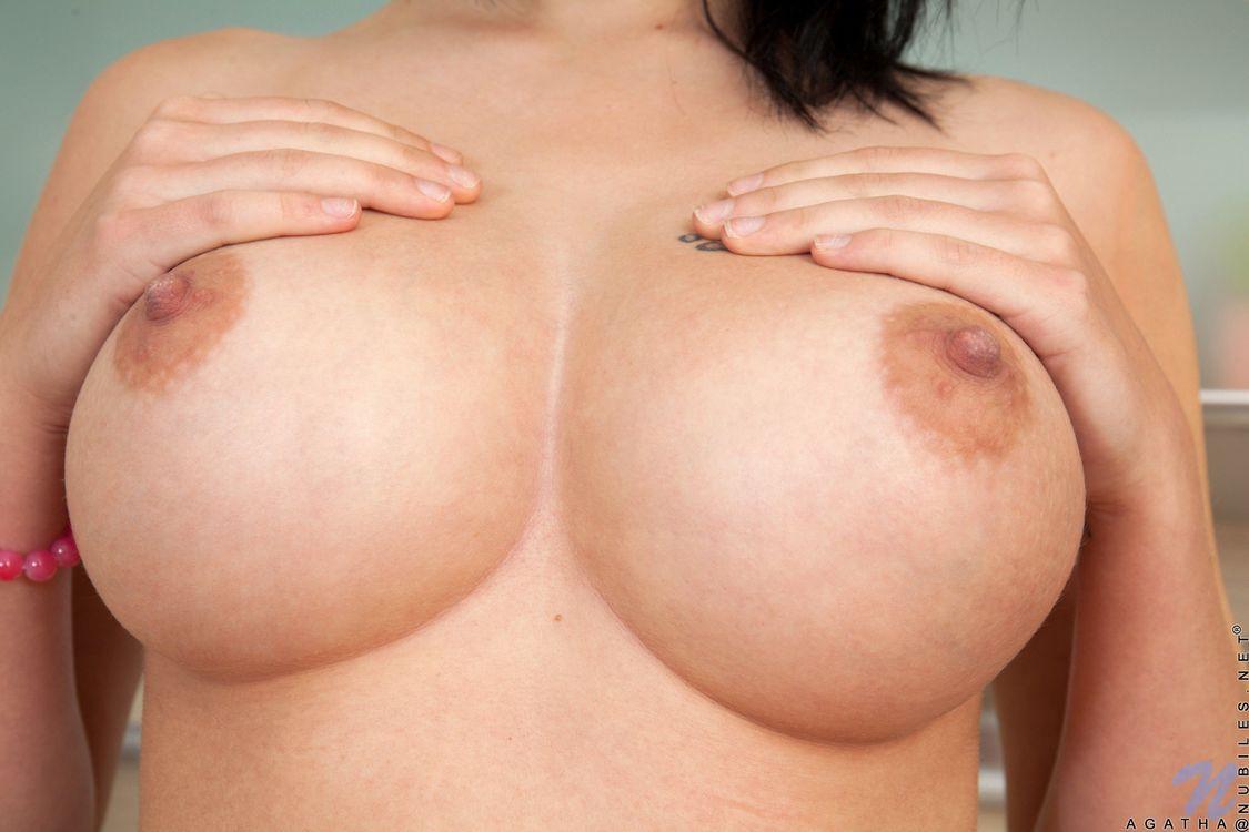 Фото бесплатно Agatha, модель, красотка, голая, голая девушка, обнаженная девушка, позы, поза, сексуальная девушка, эротика, эротика