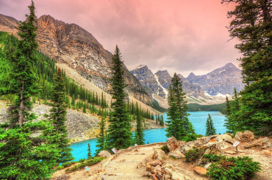 Photo gallery moraine lake, alberta