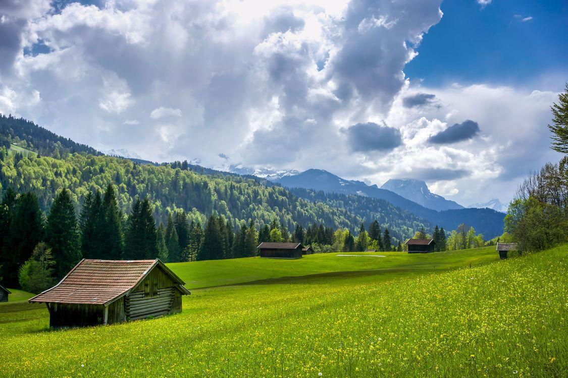 Фото бесплатно Миттенвальд, Гармиш, Германия, Альпы, поле, холмы, горы, домик, деревья, пейзаж, пейзажи