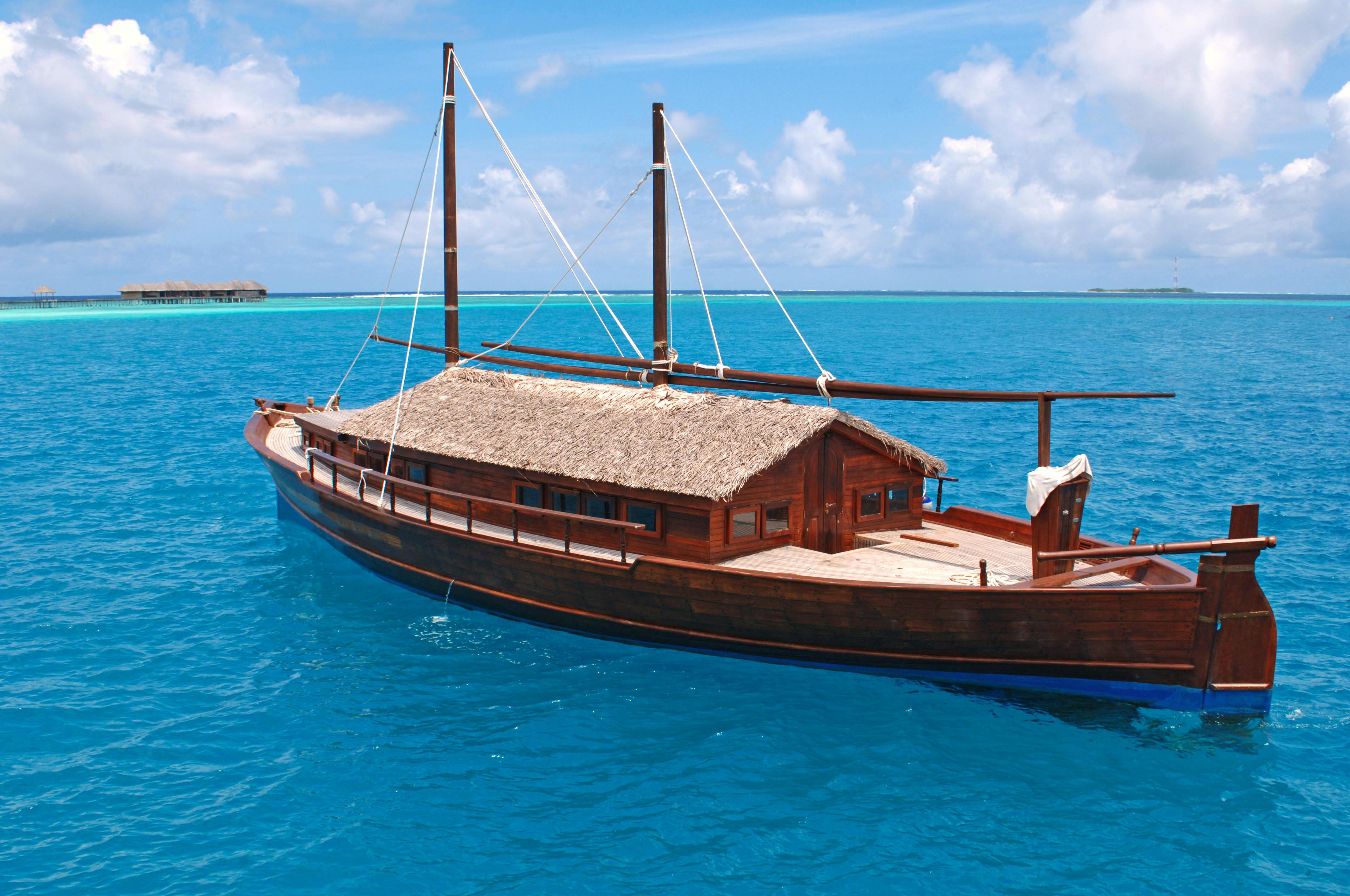 Обои Мальдивы, море, лодка