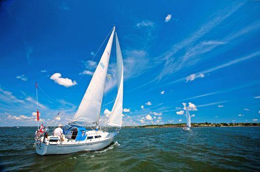 Бесплатные фото море,яхты,отдых
