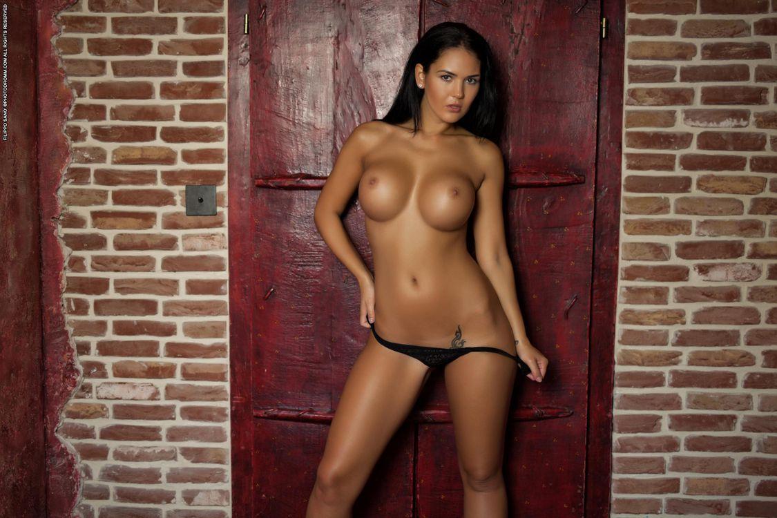 Обои Kendra, красотка, голая, голая девушка, обнаженная девушка, позы, поза, сексуальная девушка, модель, эротика на телефон | картинки эротика