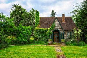 Бесплатные фото красивый дом,поляна,деревья,фазенда,сад,пейзаж