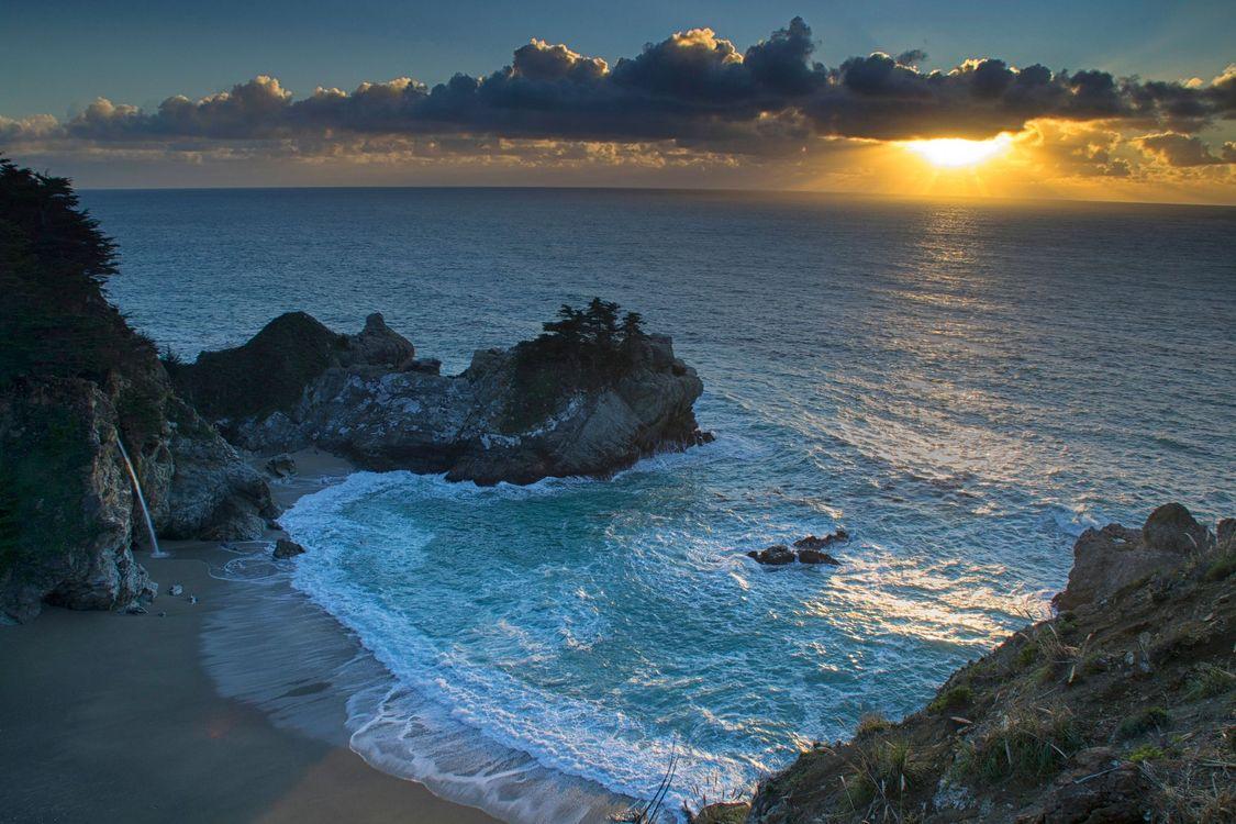 Фото бесплатно Государственный парк Джулии Пфайфер Бернс, пляж McWay Cove, берег - на рабочий стол