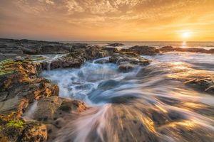 Фото бесплатно Парк развлечений Вавалоли, Колодец Пеле Кона, закат солнца