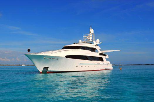 Photo on phone sea, yacht