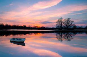 Заставки деревья, лодка, закат