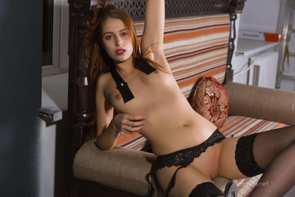 Фото бесплатно Isabella, красотка, голая, голая девушка, обнаженная девушка, позы, поза, сексуальная девушка, модель, эротика, эротика