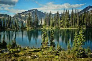 Бесплатные фото Ревелсток,Канада,Британская Колумбия,Eva lake,озеро,горы,деревья