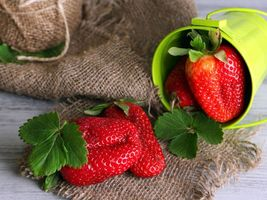 Фото бесплатно ягоды, клубника