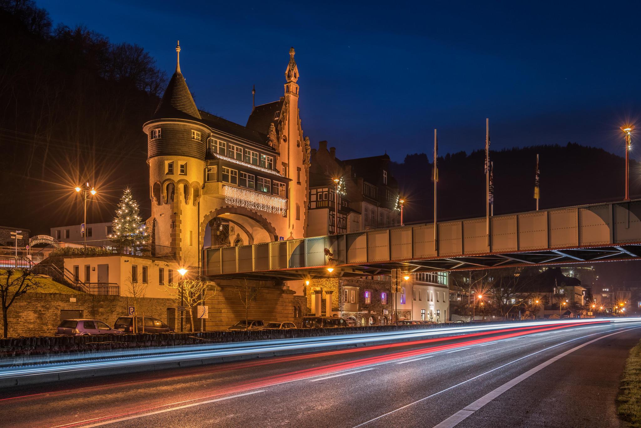 Обои Трабен-Трарбах, Германия, город, ночь