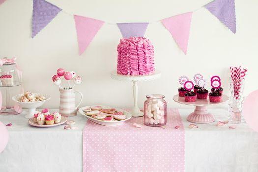 Бесплатно сладости, торт фото телефон на