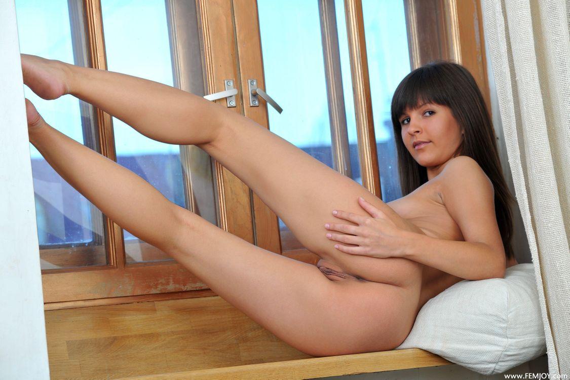 Арина Б грудь · бесплатное фото
