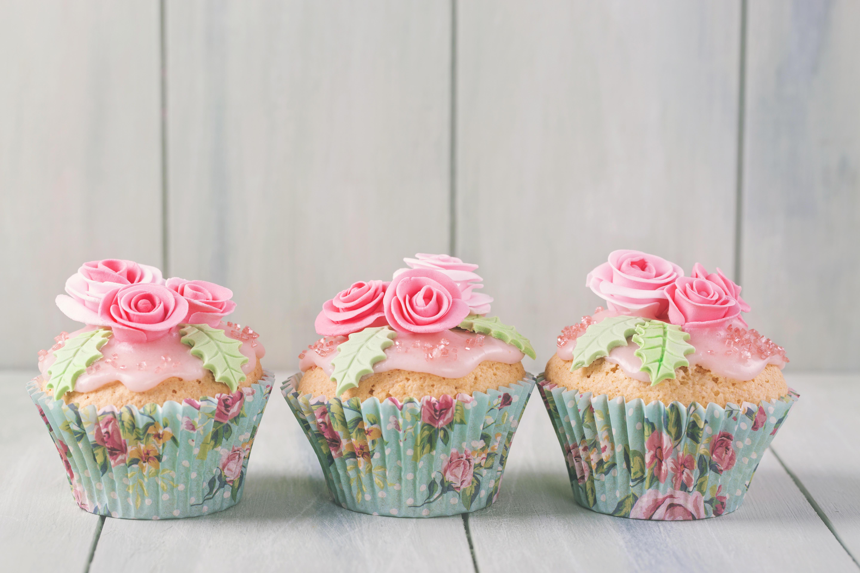 Обои birthday cake, украшение розы, кексы, крем