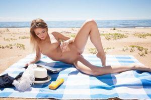 Бесплатные фото Monika,Angelika,Monika V,Tempe,красотка,голая,голая девушка