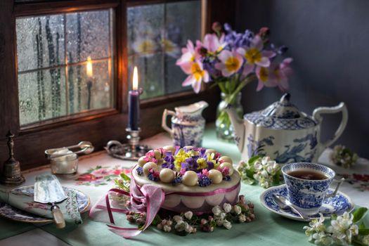 Бесплатные фото торт,яйца,чайник,свеча,натюрморт
