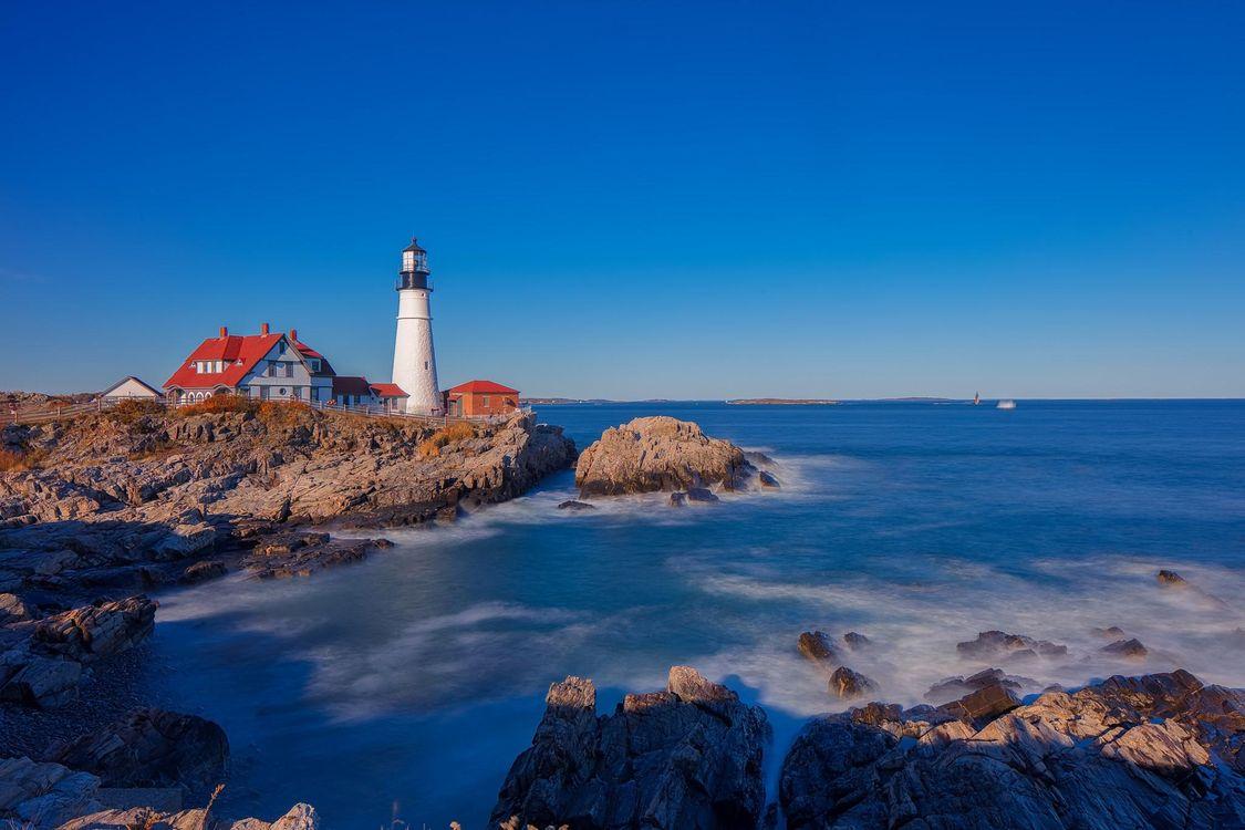 Фото бесплатно Portland Head Light, Cape Elizabeth, Maine, USA, пейзажи