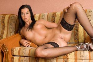 Бесплатные фото Larissa B, модель, красотка, голая, голая девушка, обнаженная девушка, позы