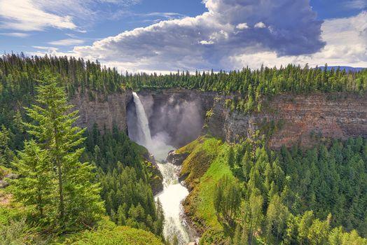 Photo free Helmcken Falls, Wells Gray Provincial Park, Helmcken Waterfall
