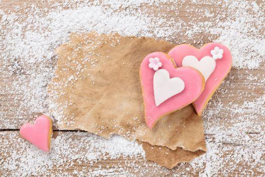 Бесплатные фото печенье,глазурь,сердечки,сахарная пудра