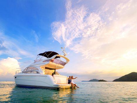 Photo free sea, yacht, girls