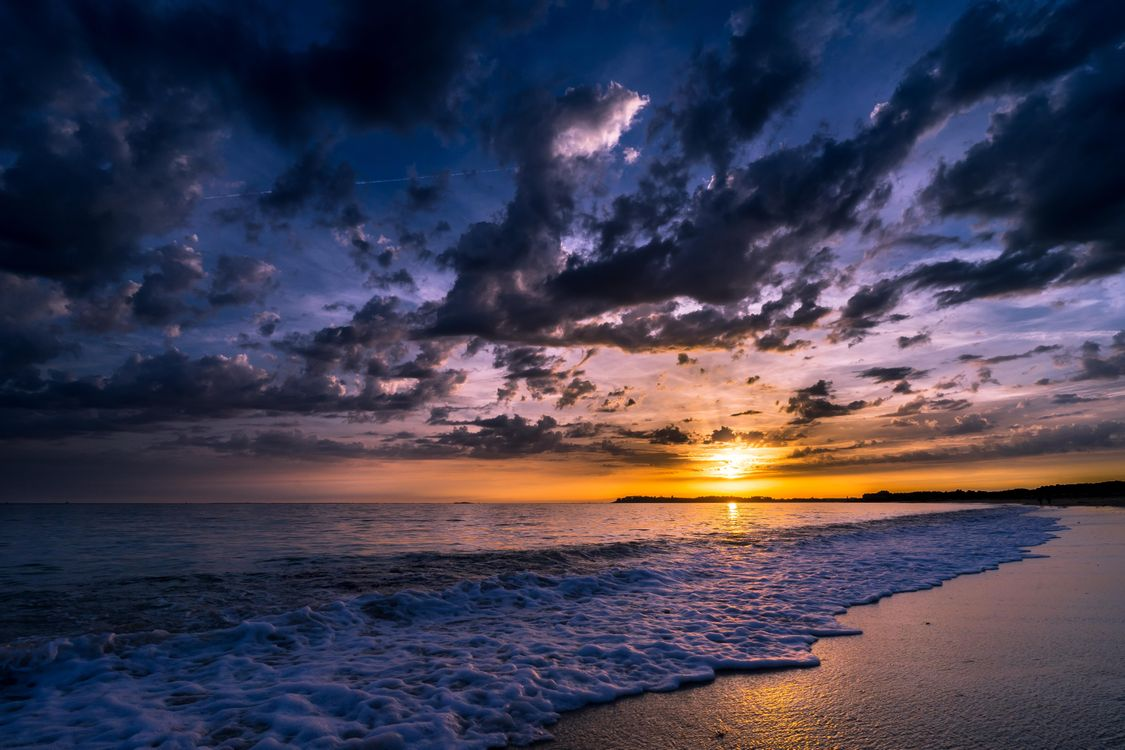 Free photo Sunset in the Gulf of Morbihan, Brittany, France, the sea, coast, sunset, landscape - to desktop