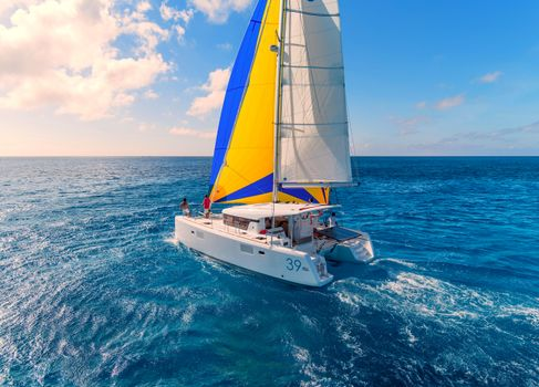 Обои море,яхта,пейзаж