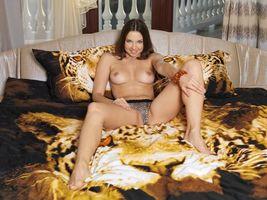 Бесплатные фото Anita E,модель,красотка,голая,голая девушка,обнаженная девушка,позы