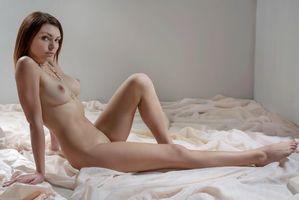 Бесплатные фото Shenila, красотка, голая, голая девушка, обнаженная девушка, позы, поза