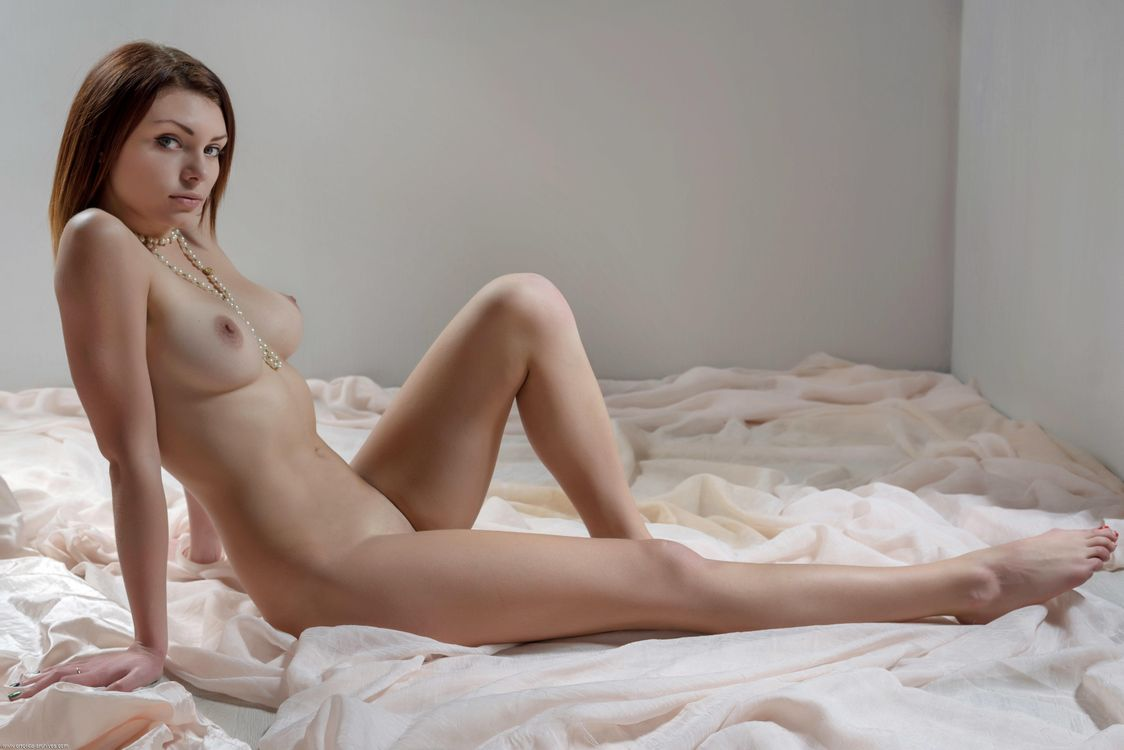 Фото эротика молодые, Голые молоденькие - фото обнаженных молоденьких 19 фотография